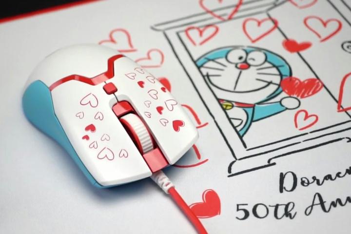 Razer_Viper_Mini_Doraemon_10.jpg