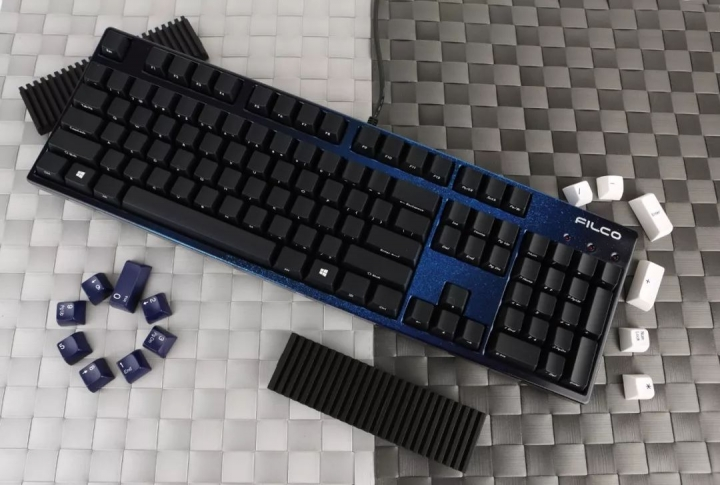 Show_Your_Mechanical_Keyboard_Part132_08.jpg