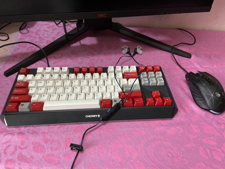 Show_Your_Mechanical_Keyboard_Part133_15.jpg