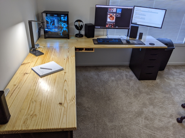 Show_Your_PC_Desk_Part194_22.jpg