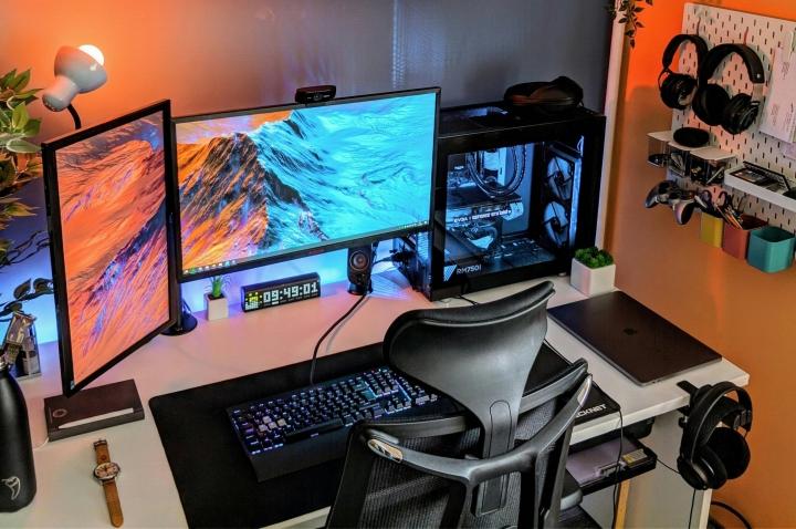 Show_Your_PC_Desk_Part194_26.jpg