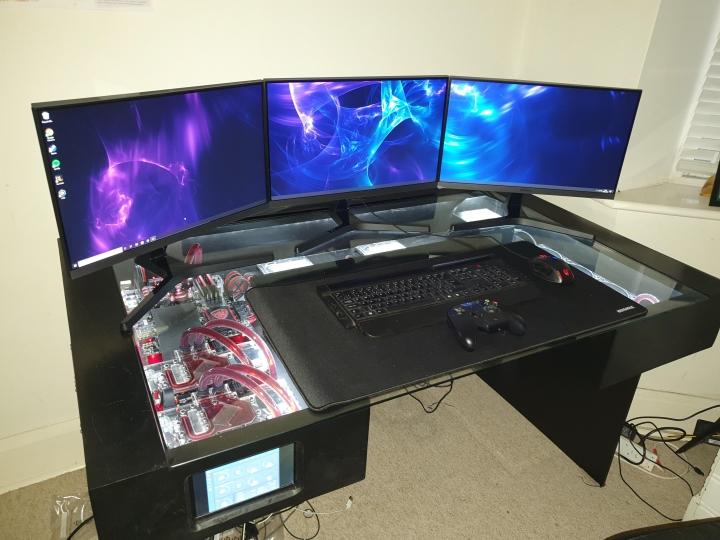 Show_Your_PC_Desk_Part194_28.jpg