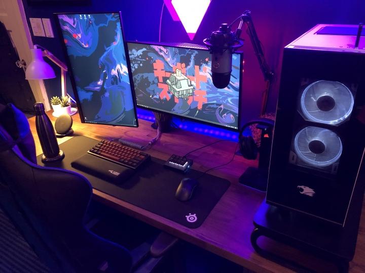 Show_Your_PC_Desk_Part194_29.jpg