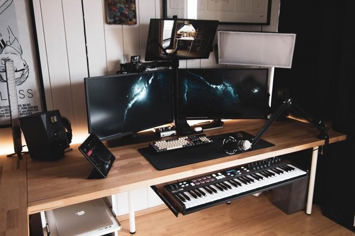 Show_Your_PC_Desk_Part194_43.jpg