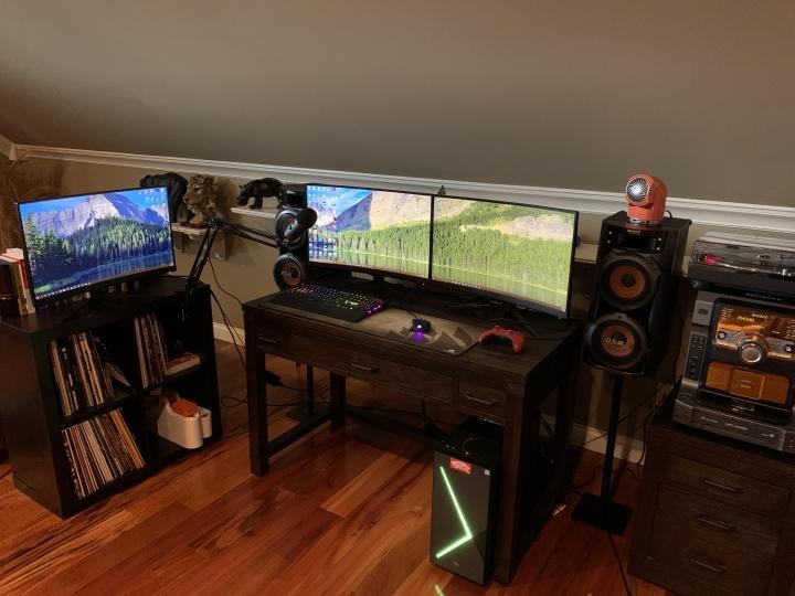 Show_Your_PC_Desk_Part194_46.jpg
