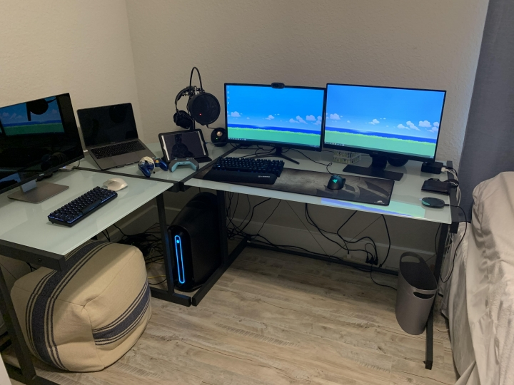 Show_Your_PC_Desk_Part194_55.jpg