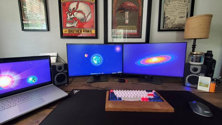 Show_Your_PC_Desk_Part194_68.jpg