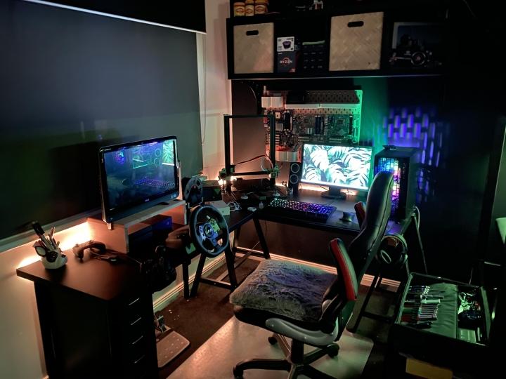 Show_Your_PC_Desk_Part194_74.jpg
