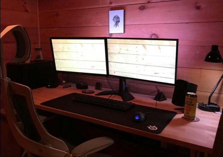 Show_Your_PC_Desk_Part194_76.jpg