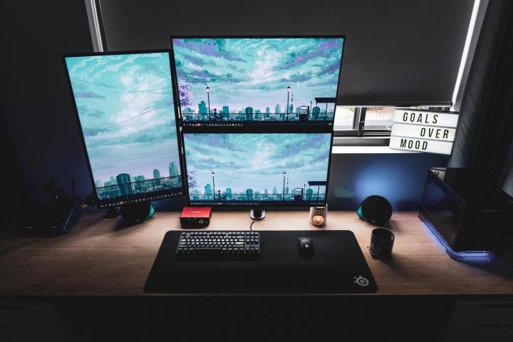 Show_Your_PC_Desk_Part194_91.jpg