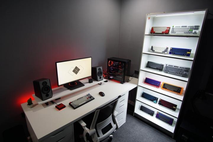 Show_Your_PC_Desk_Part196_01.jpg
