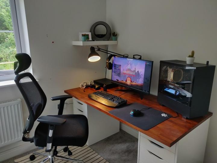Show_Your_PC_Desk_Part196_17.jpg
