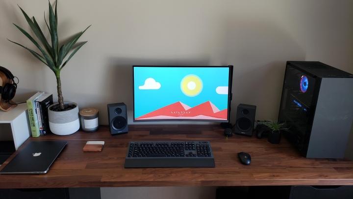 Show_Your_PC_Desk_Part196_25.jpg