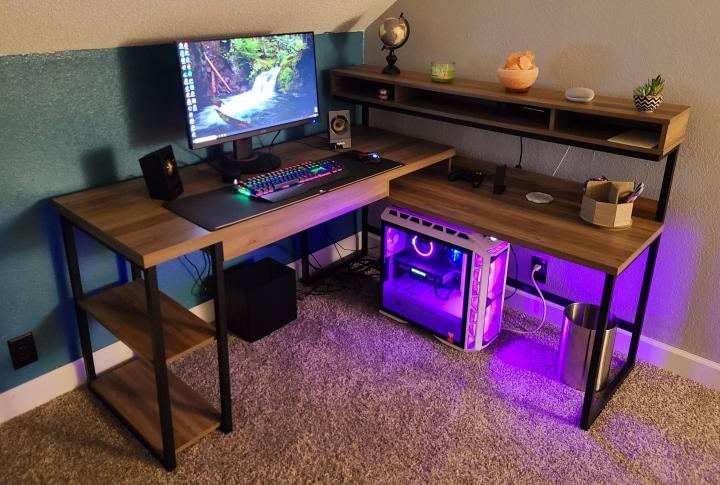 Show_Your_PC_Desk_Part196_27.jpg