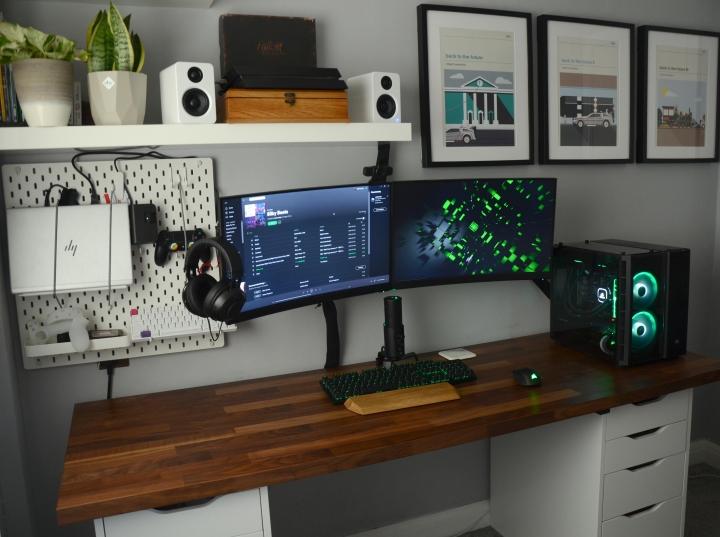 Show_Your_PC_Desk_Part196_28.jpg