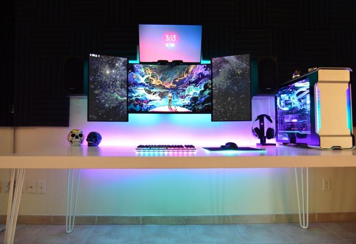 Show_Your_PC_Desk_Part196_90.jpg