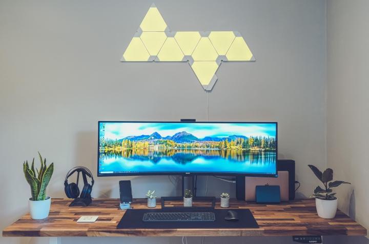 Show_Your_PC_Desk_UltlaWideMonitor_Part59_01.jpg