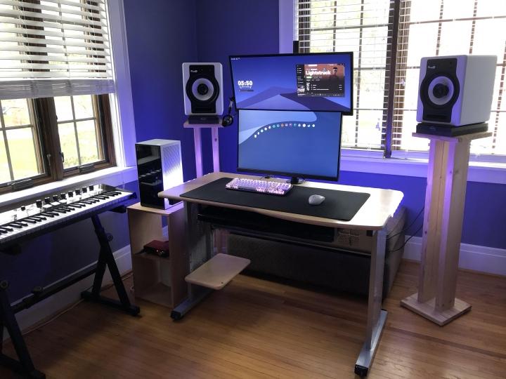 Show_Your_PC_Desk_UltlaWideMonitor_Part59_11.jpg