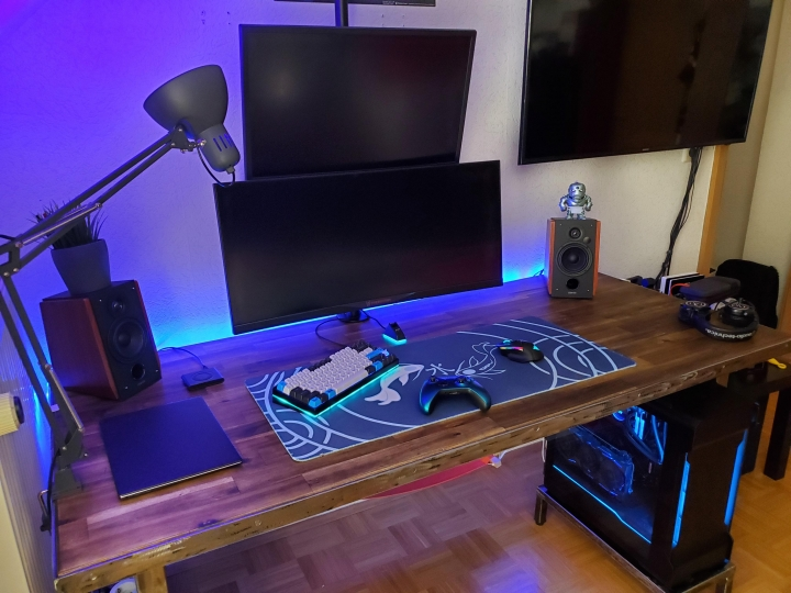 Show_Your_PC_Desk_UltlaWideMonitor_Part59_12.jpg
