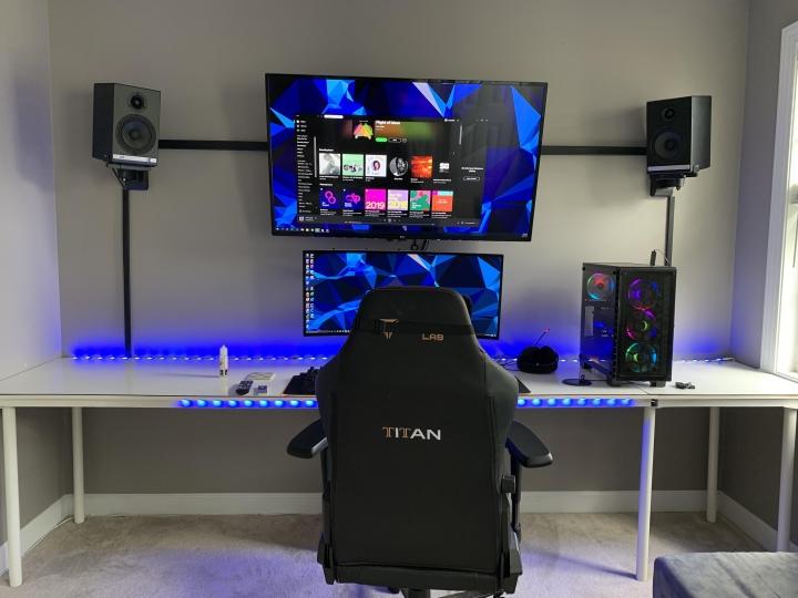 Show_Your_PC_Desk_UltlaWideMonitor_Part59_13.jpg