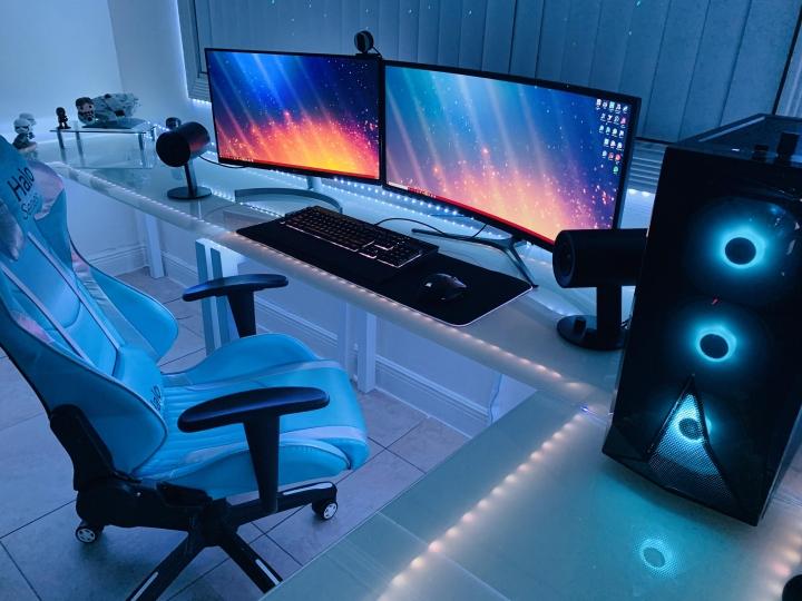 Show_Your_PC_Desk_UltlaWideMonitor_Part59_17.jpg