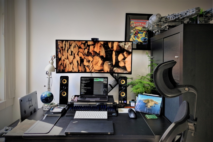 Show_Your_PC_Desk_UltlaWideMonitor_Part59_27.jpg