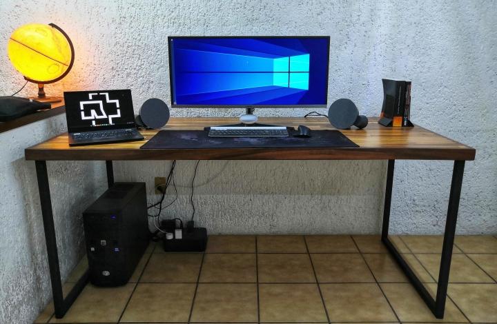 Show_Your_PC_Desk_UltlaWideMonitor_Part59_51.jpg