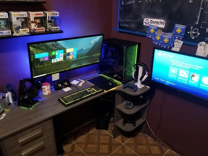 Show_Your_PC_Desk_UltlaWideMonitor_Part59_54.jpg