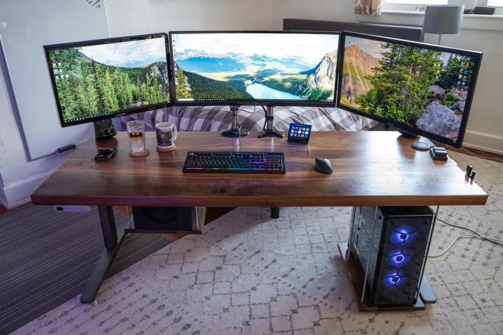 Show_Your_PC_Desk_UltlaWideMonitor_Part59_60.jpg