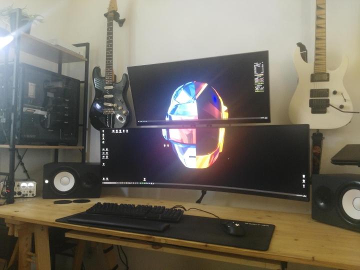 Show_Your_PC_Desk_UltlaWideMonitor_Part59_61.jpg