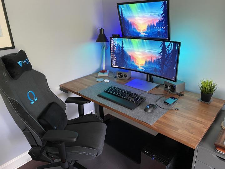 Show_Your_PC_Desk_UltlaWideMonitor_Part59_70.jpg