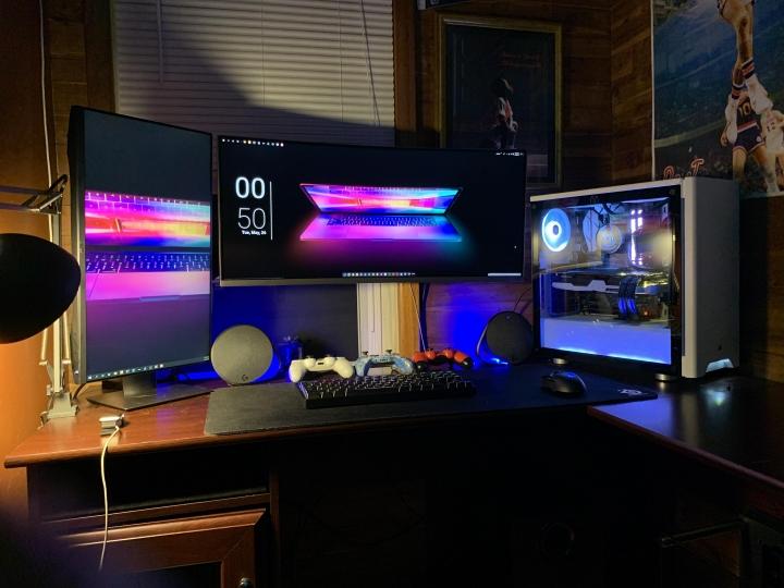 Show_Your_PC_Desk_UltlaWideMonitor_Part59_93.jpg