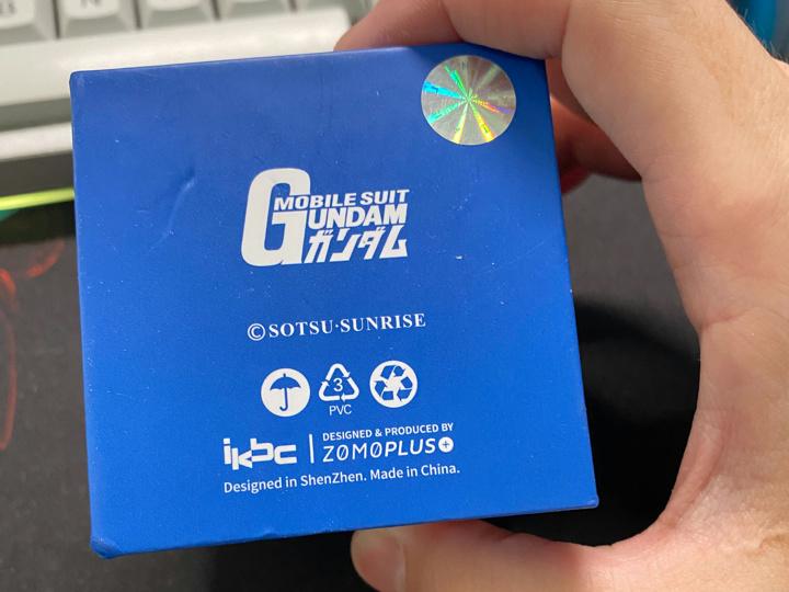ikbc_Gundam_Keycap_07.jpg