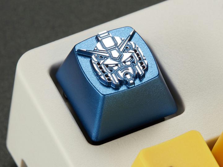 ikbc_Gundam_Keycap_10.jpg