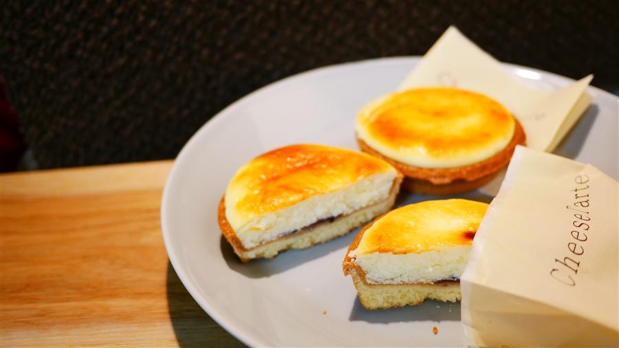 きのとやとKINOTOYA BAKE、元祖北海道にはチーズタルトが2種類ある