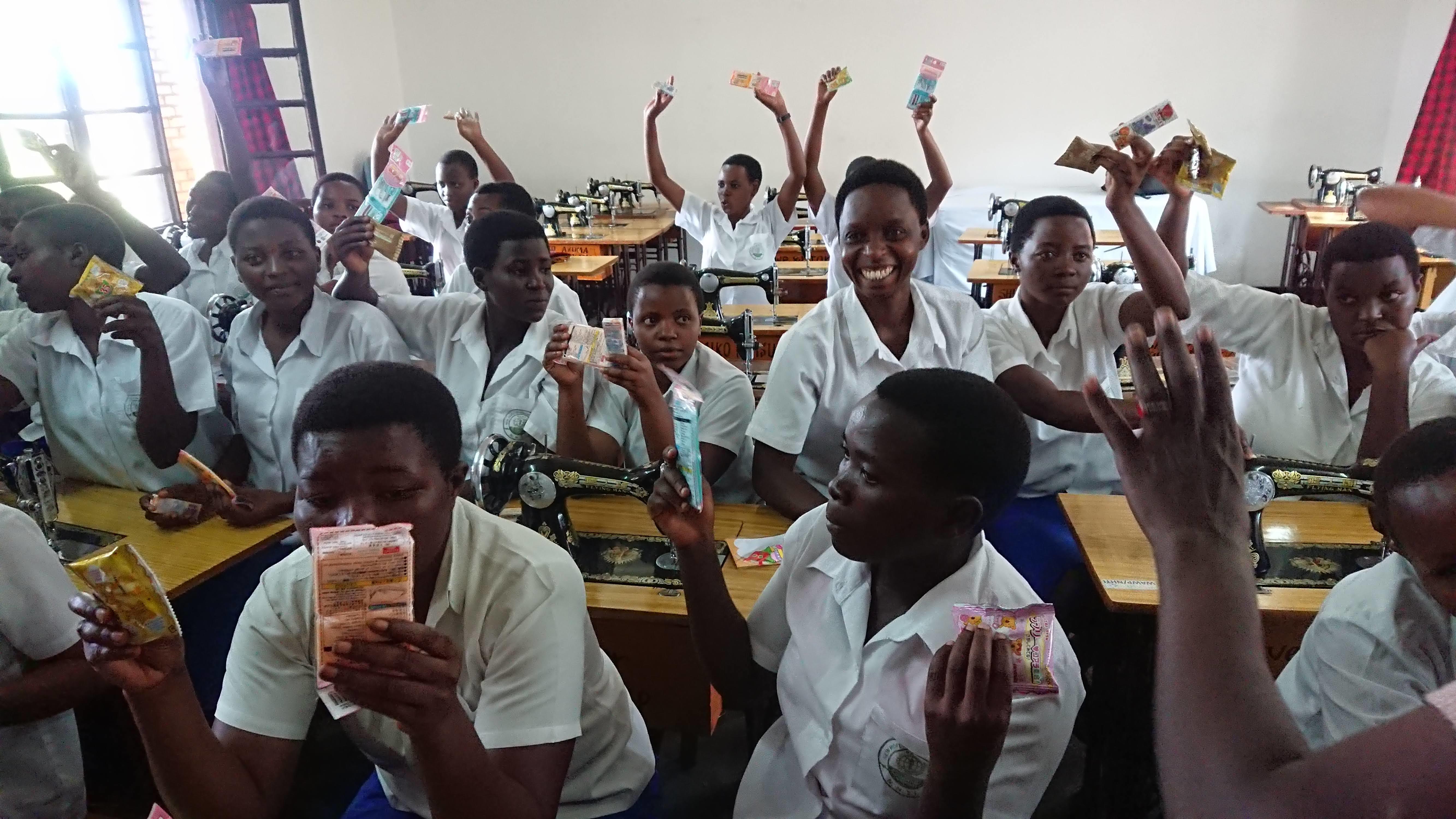 ルワンダ学生たち