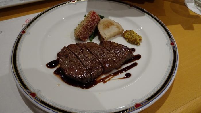 サンペルラ食事 (8)