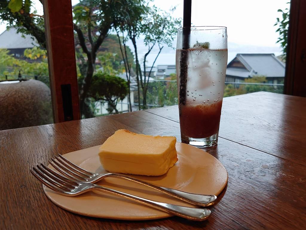 「天心閣(広島県廿日市市)」絶景!宮島の隠れ家カフェで濃厚チーズケーキ