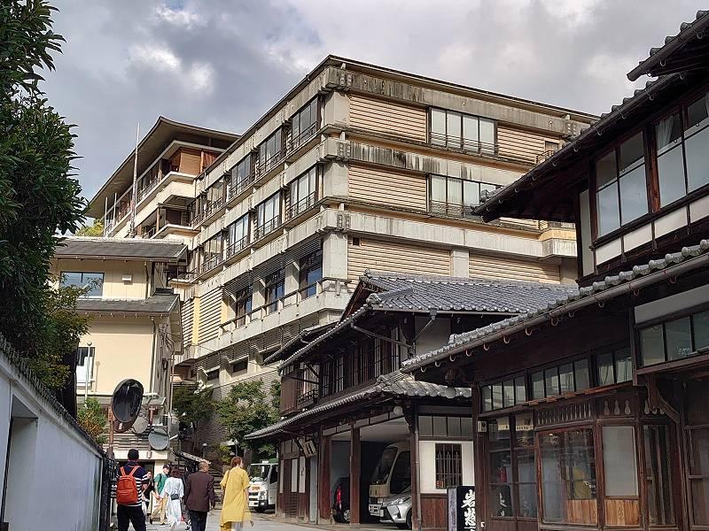 広島県☆宮島の旅館「宮島グランドホテル 有もと」400年続く老舗旅館の数寄屋造り客室