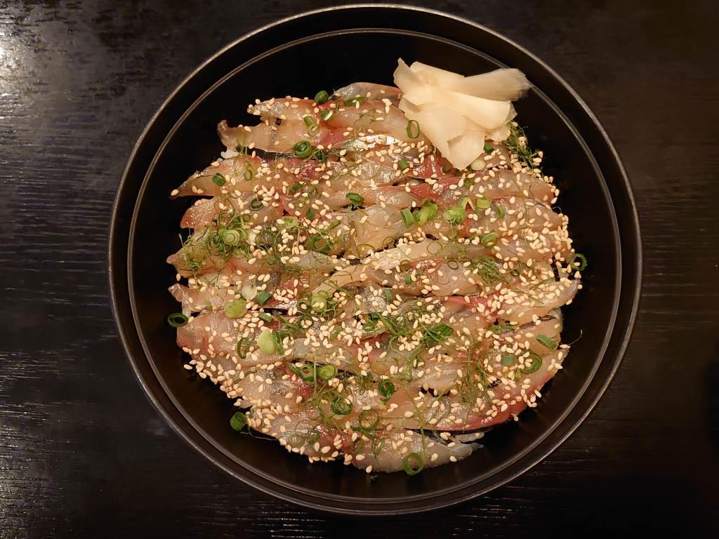 「お食事処 二代目与一(大分県大分市)」関アジを使った琉球丼発祥の店