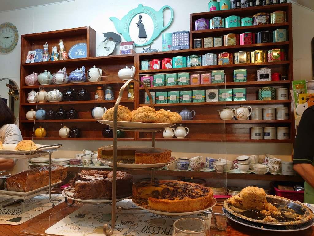 「アンティ(北九州市小倉北区)」紅茶もスイーツも絶品!非日常のカフェタイム