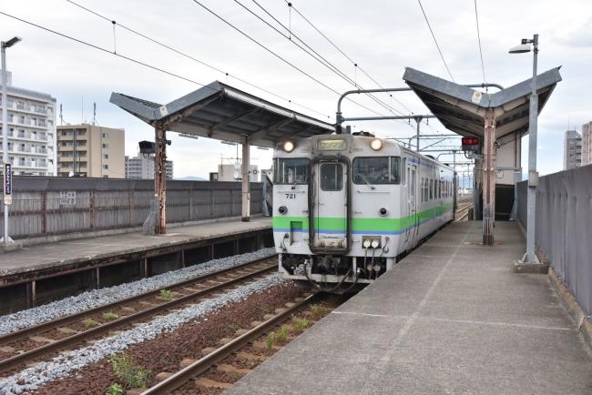 265旭川四条駅キハ40